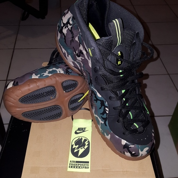 separation shoes 51c5f 29eb8 Foamposite Pro Prm Le (Green Camo). M 5c50c97ee944ba63979dec23